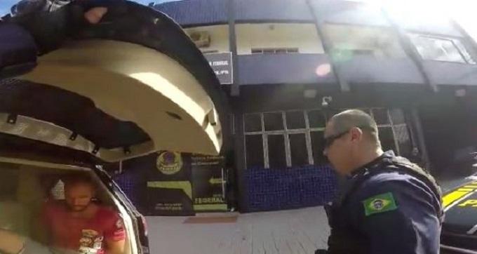 prf-prende-suspeito-de-roubo-milionario-em-onibus-de-passageiros-g-25042017-121222